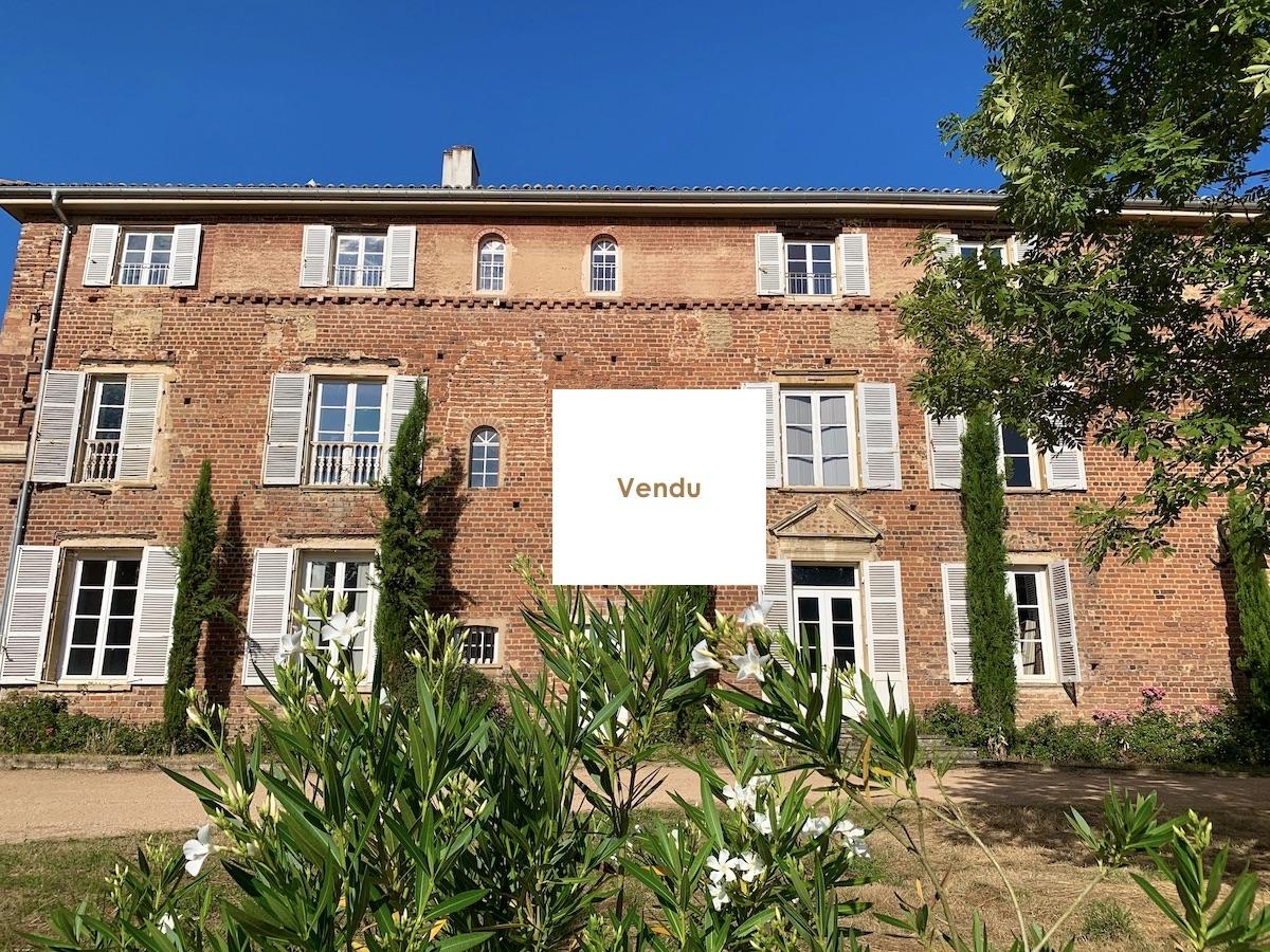 Très grand duplex au Château d'Ars